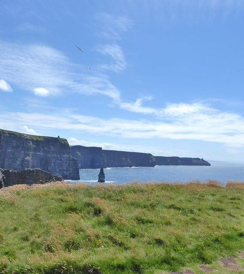 Irlands Steilküsten als Wanderbegleiter