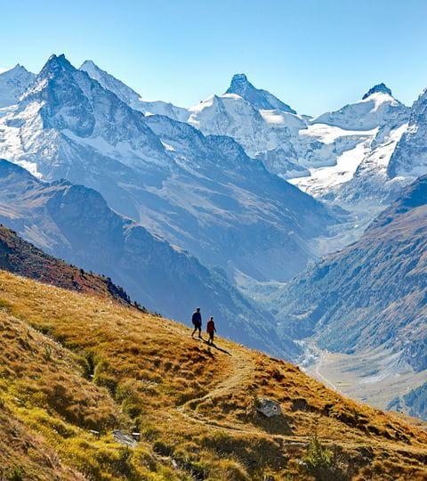 Einzigartige Bergwelt in den Schweizer Alpen