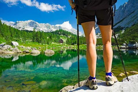 Wanderpfade entlang der Seen in den Julischen Alpen