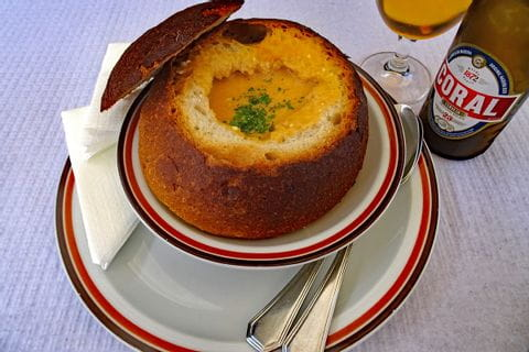 Lecker Shrimps-Suppe in São Jorge