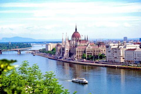 Budapest - Donau - Parlament