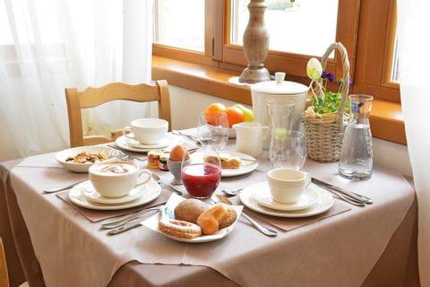 Frühstück im Hotel Pietra Rara