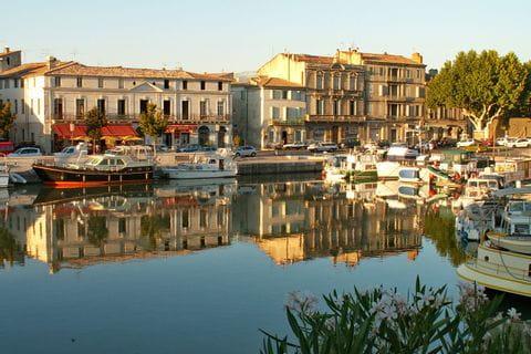 Hafen von Beaucaire