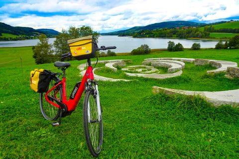 Bike on Lake Irrsee