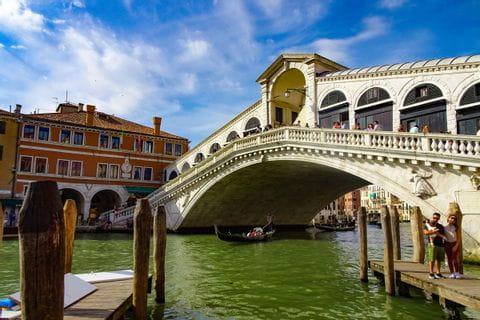 Venedig mit Blick auf die Rialtobrücke