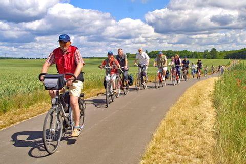 Radfahrergruppe unterwegs Müritz Sternfahrt