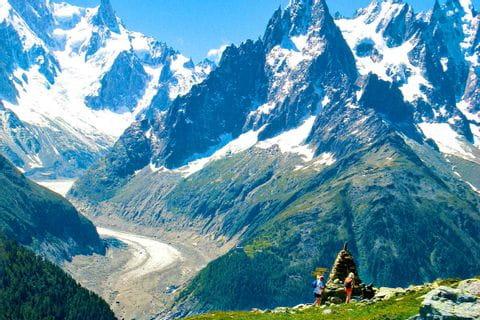 Grandiose Bergblicke beim Wandern am Mont Blanc