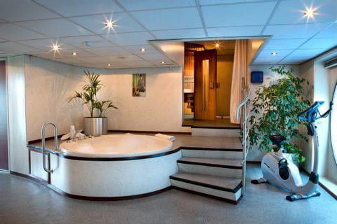 Whirlpool und Saunabereich, MS SE-MANON
