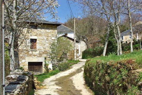 Wandern und Pilgern durch die Dörfer