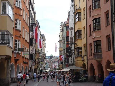 Fußgängerzone in der innsbrucker Altstadt