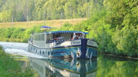 Rad und Schiff MS Fleur