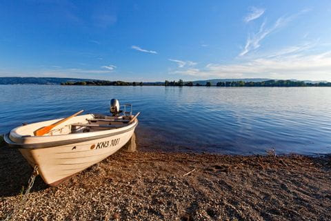 Boot am Ufer des Bodensees