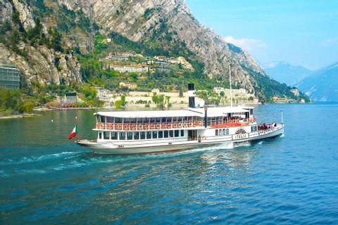 Schiff am Gardasee