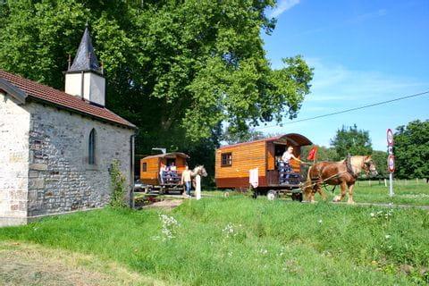 Blick auf die Kapelle Zigeunerwagenfahrt