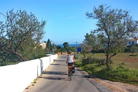 Typischer Radweg an der Algarve