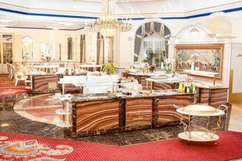 Buffet im Häckers Grand Hotel