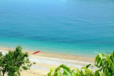 Ausblick auf den schönen Strand in Dalmatien