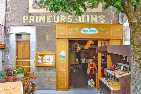 Traditionelle Geschäfte entlang des Wanderweges