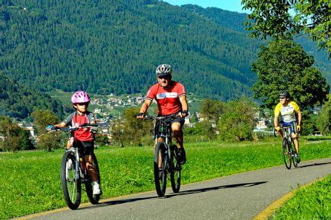 Radtour am Radweg an den Dolomiten
