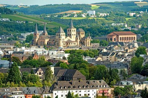 Panoramawandern mit Blick auf Trier