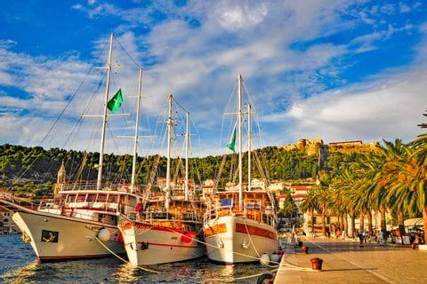 Hafen in Hvar