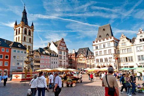 Marktplatz von Trier am Mosel- und Eifelsteig