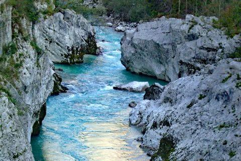 Wanderrouten am Fluss Soča