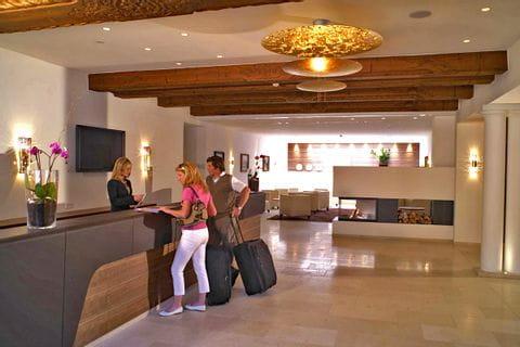 Hotel Weisses Roessl Rezeption