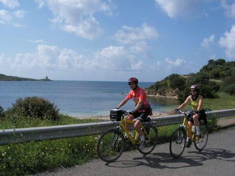 Radler an der Küste