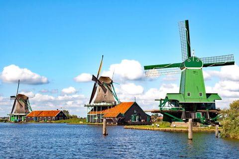 Bunte Windmühlen