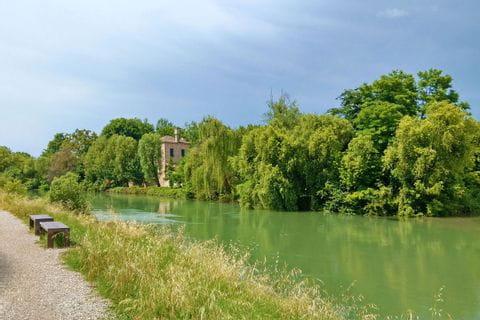 Wandern durch den Naturpark des Flusses Sile