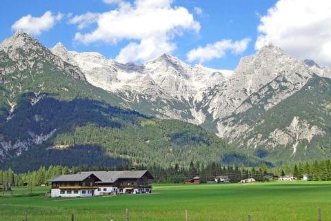 Bergblick vom Pillerseetal