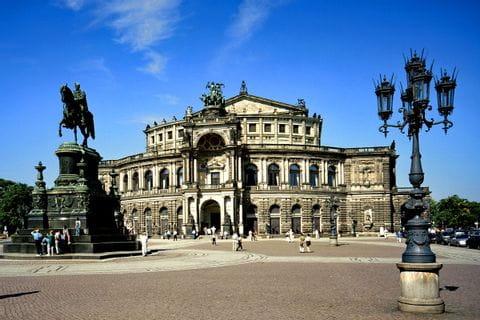 Theaterplatz und Semperoper