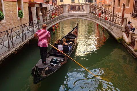 Gondelfahrer in Venedig