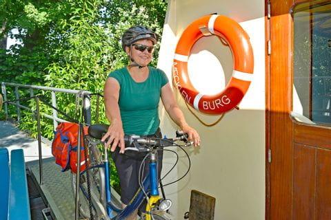MS Mecklenburg - Radfahrerin