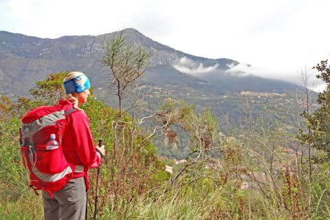 Spektakuläre Berglandschaften auf den Wanderwegen im Nationalpark Mercantour