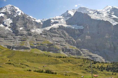Massive mountainside at the Beartrek