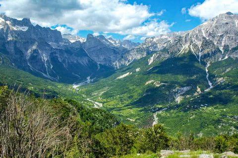 Wandererlebnis in den albanischen Bergen