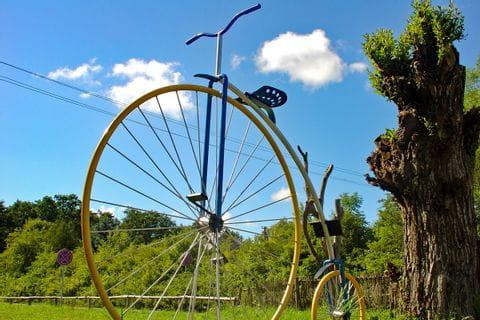 Historisches Riesen-Fahrrad in Palanga