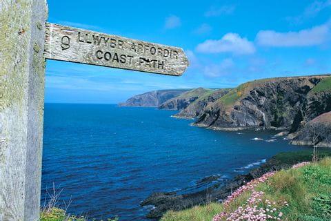 Wanderwegschild Küstenwandern