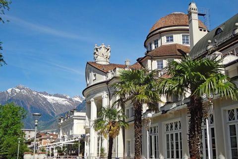 Hiking and cultural highlight Kurhaus Merano