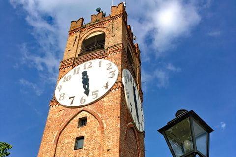 Uhrturm in Mondovi