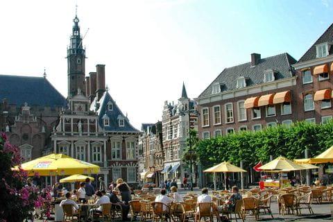 Biergarten in Haarlem in Holland