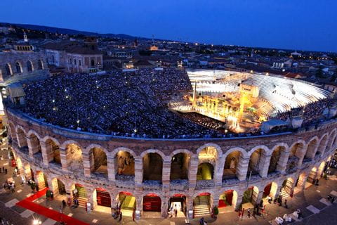Wanderhighlight Arena in Verona