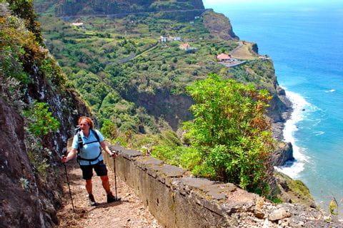 Grandiose Aussichten entlang der Klippen Madeiras