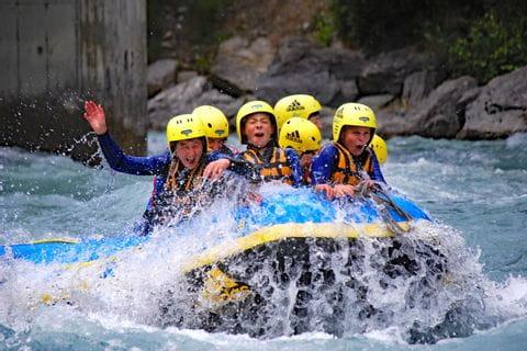 Action beim Rafting auf der Tiroler Arche