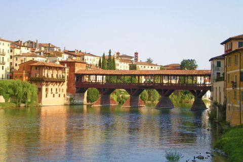 Wanderung zur Holzbrücke Ponte Degli Alpini