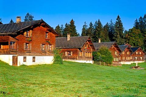 Charmante Berghütten im Bregenzerwald