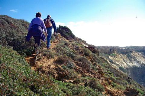 Coastal hikers Cabeca da Pedra