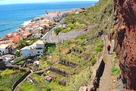 Terrassenfelder entlang der Höhenwege auf Madeira
